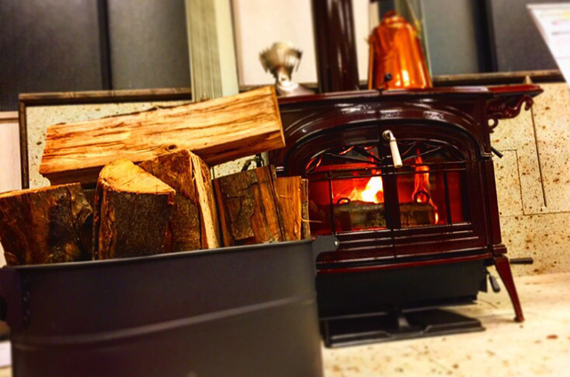 暖炉・薪ストーブ専門店 和歌山店